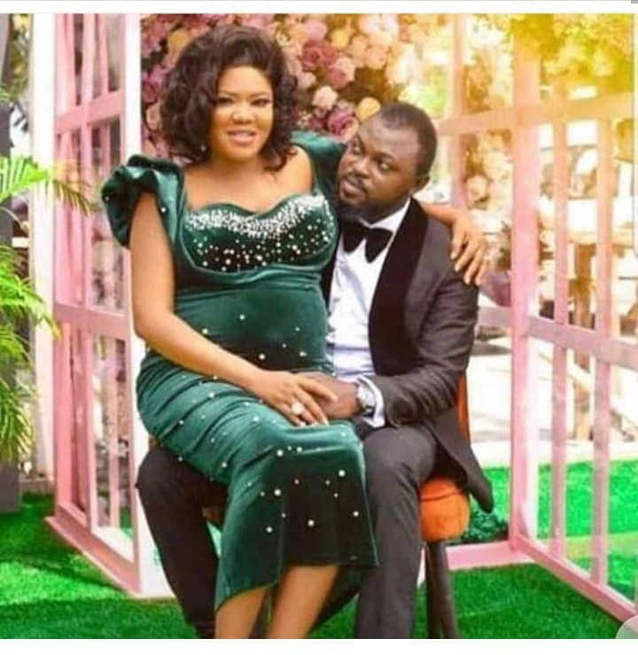 NOLLYWOOD ACTRESS, TOYIN ABRAHAM NOW A MOTHER AS SHE GIVES BIRTH IN THE US – DETAILS NOLLYWOOD ACTRESS, TOYIN ABRAHAM NOW A MOTHER AS SHE GIVES BIRTH IN THE US – DETAILS toyin bump and hubby