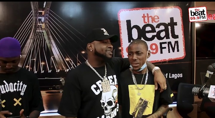 Fan sheds hot tears as Davido gifts him his N6.3million diamond chain after he did this