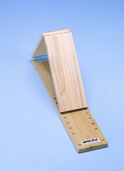 Model 761 - Quadriceps Board