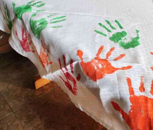 Gather The Children To Make This Handprint Diy Tablecloth Each Thanksgiving Or Holiday Dinner This