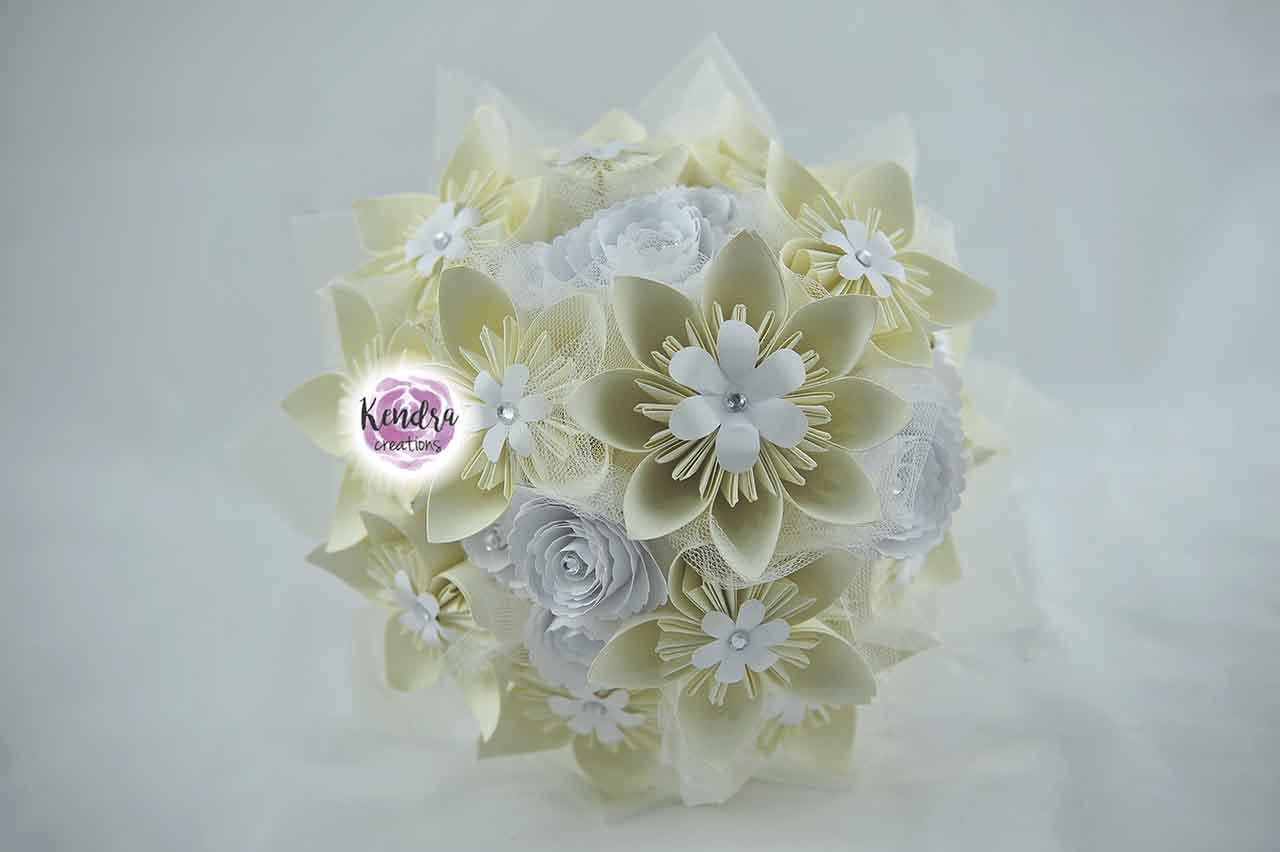 Bouquet sposa di carta origami