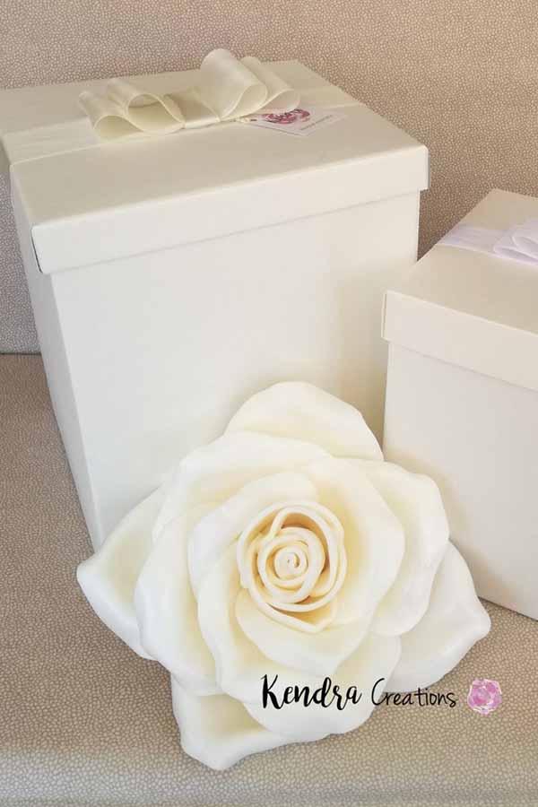 fiori-festa-della-mamma rosa bianca