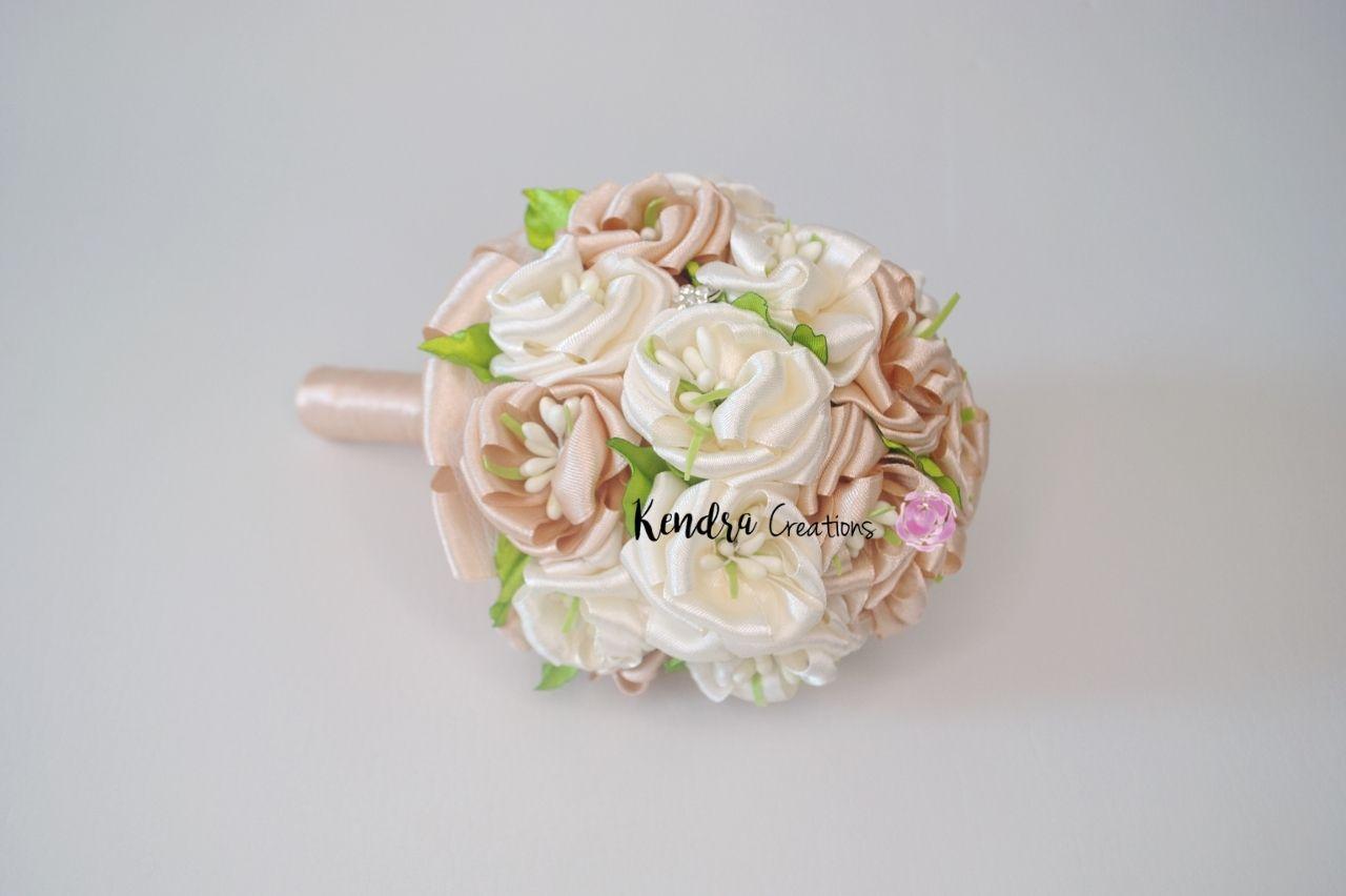 Bouquet comunione raso