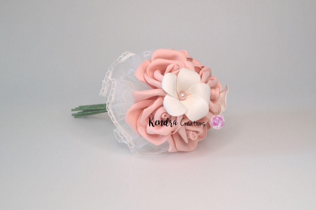 bouquet fiori comunione frangipane