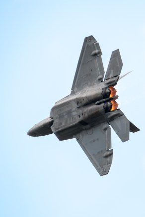 Pass with afterburners lit