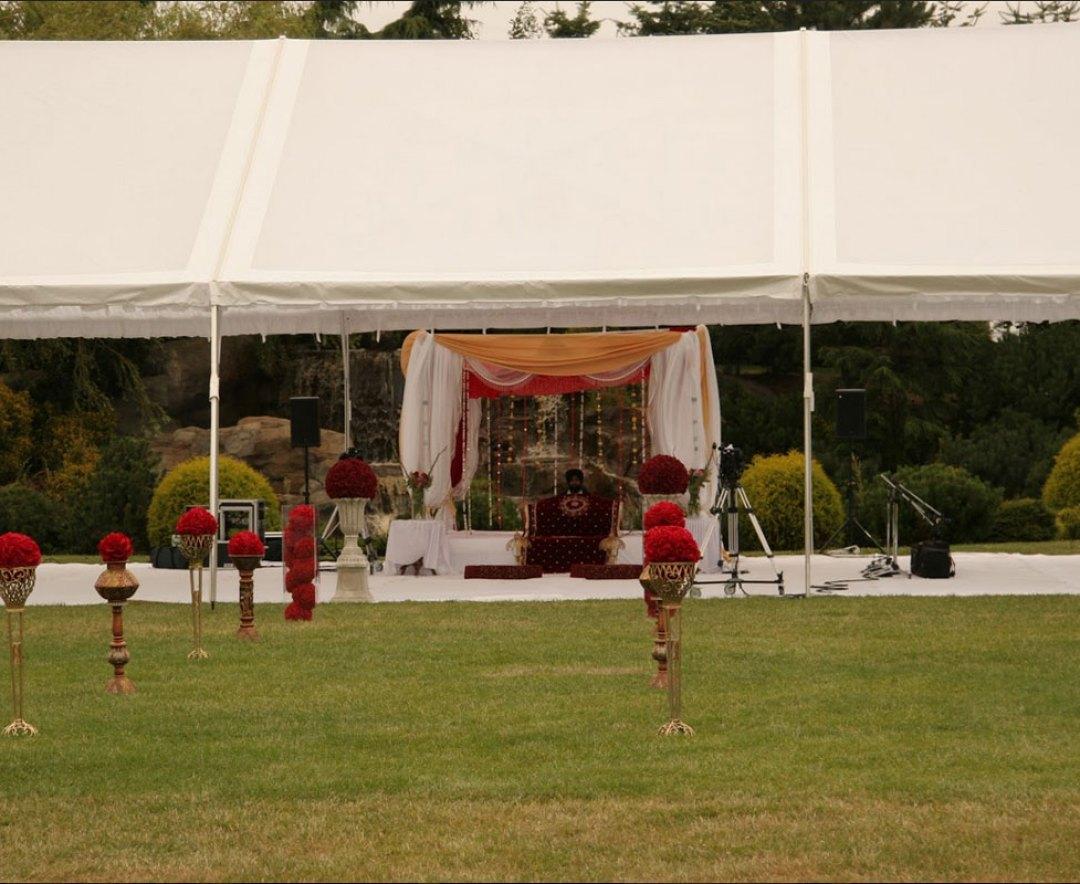 Hindu-equestrian-wedding