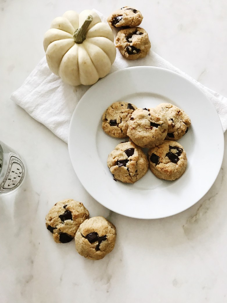 The Best Paleo Chocolate Chip Cookies. • Kennedy\'s Caper