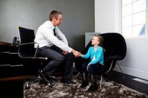 Child psychologist: Explaining the therapy process