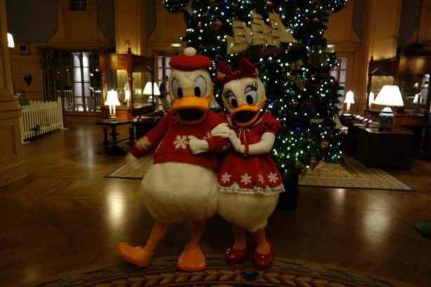 Daisy and Donald Dec 2012 xmas yacht (3)