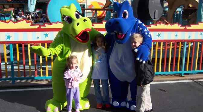 Walt Disney World Characters, Animal Kingdom Characters, Dinoland, Roxie, TRex