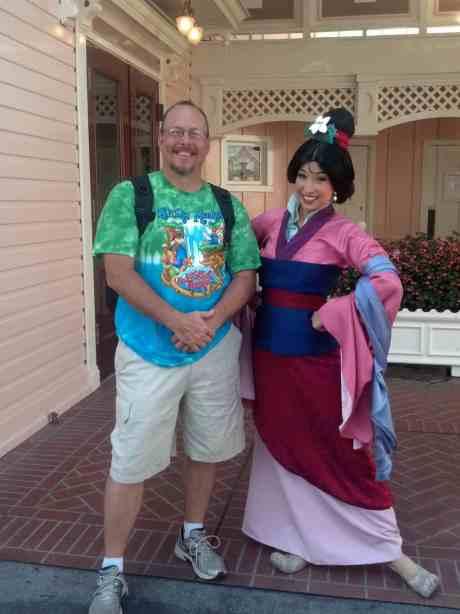 Mulan Disneyland 2012