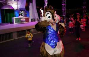 Chip n Dale and Woody n Jessie change locations