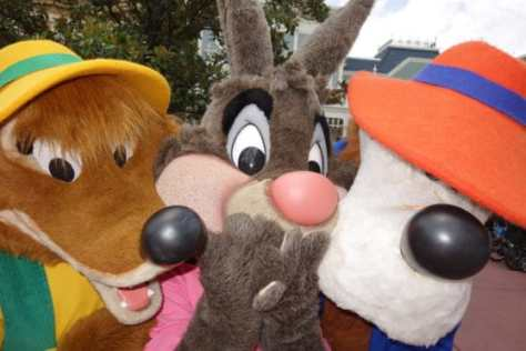 brer-fox-brer-rabbit-and-brer-bear-at-long-lost-friends-in-magic-kingdom