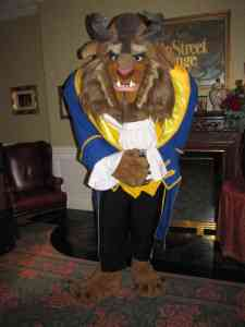 The Beast in his ball outfit during a special Meet'n'Greet at the Disneyland Hotel during Valentin's Day 2010.