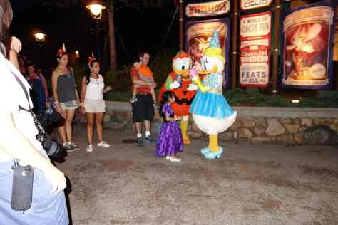 Donald was dressed as a Pumpkin (kewt) and Daisy is a Princess (passe).  Entrance to Storybook Circus 8:13 PM