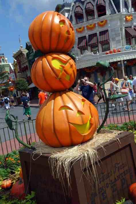 Magic Kingdom Halloween Decor