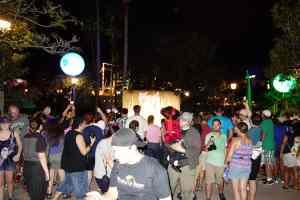 Unleash the Villains Hollywood Studios 2013 ktp Crowds (4)