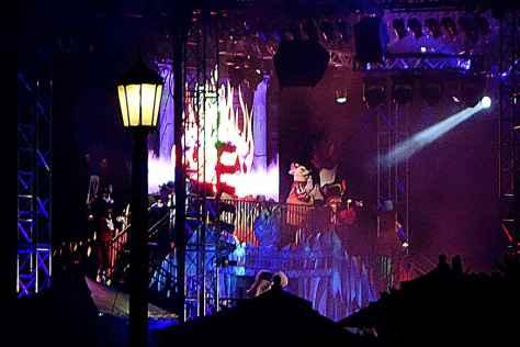 Unleash the Villains Hollywood Studios 2013 ktp StageJPG (2)