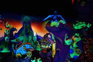 Buzz Lightear Space Ranger Spin Magic Kingdom Walt Disney World Kenny the Pirate (2)