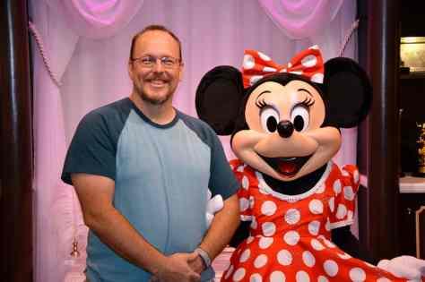 new minnine mouse meet and greet disney hollywood studios