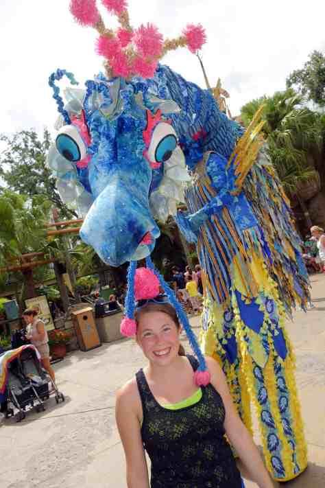 Busch Gardens Tampa Stiltwaker Character (1)