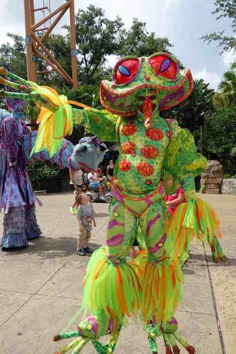 Busch Gardens Tampa Stiltwaker Character (2)