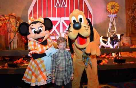 Disneyland Thanksgiving Meal Rich Muller (24)