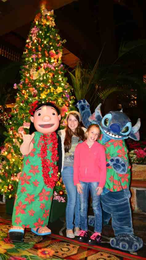 Polynesian Resort Christmas Characters, Lilo and Stitch