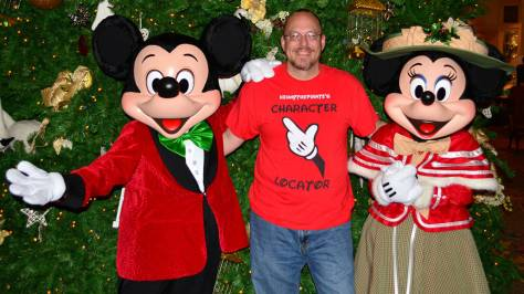 Walt Disney World Grand Floridian Christmas decor Christmas Characters Mickey and Minnie (47)