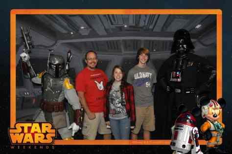 Boba Fett and Darth Vader Star Wars Weekends Photopass (2)