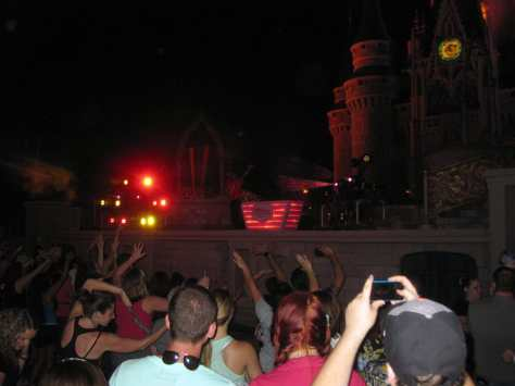 83 Up All Night Dance Party at the Castle (6)