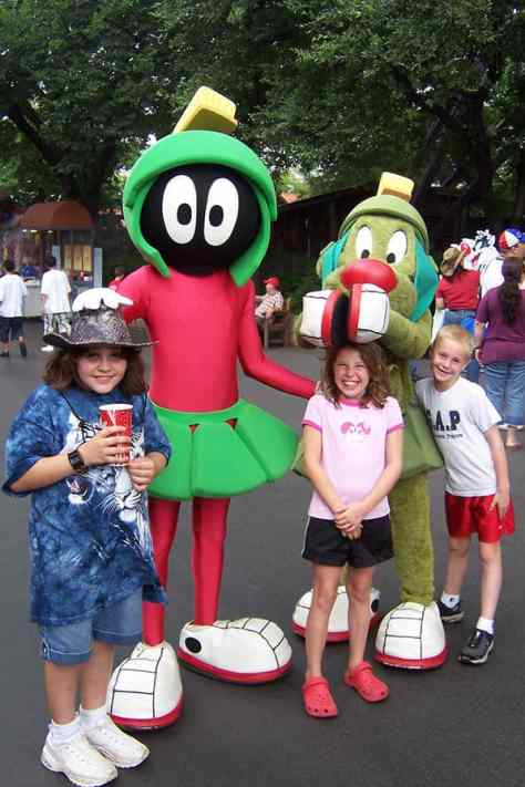 Marvin Martian and K-9 Six Flags Texas 2007 (2)