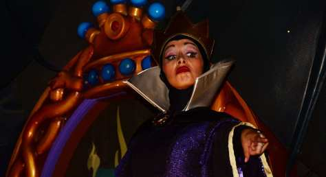 Mickey's Not So Scary Halloween Party 2014 Boo to You Halloween Parade Snow White Queen