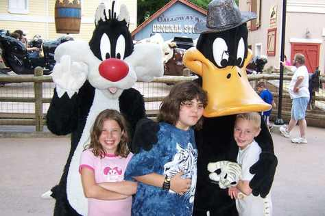 Sylvester and Daffy Duck Six Flags Texas 2007