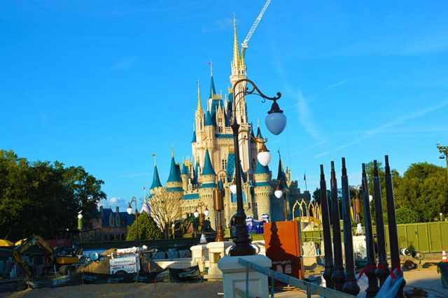 Magic Kingdom hub construction 2015 (11)