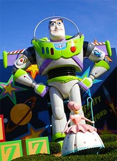 all star movies resort buzz lightyear
