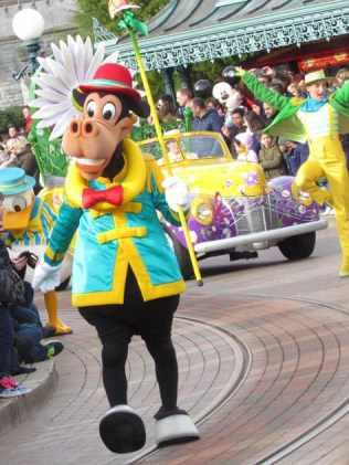 Disneyland Paris Swing into Spring Horace Horsecollar