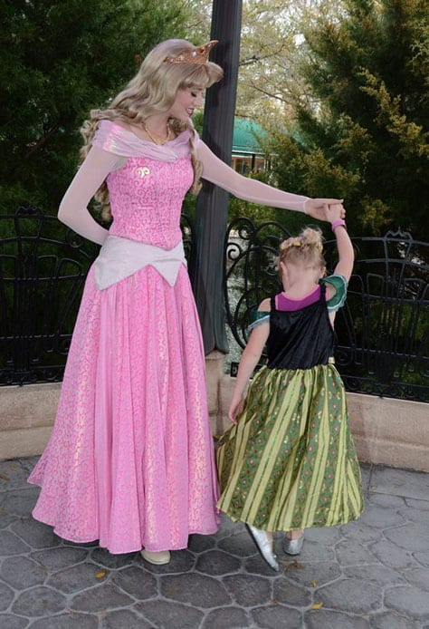 girl dancing with princess aurora