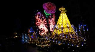 Paint the Night Parade at Disneyland Resort (17)