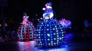 Paint the Night Parade at Disneyland Resort (26)