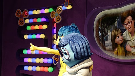 How to meet Joy and Sadness from Inside Out at Epcot in Disney World (19)