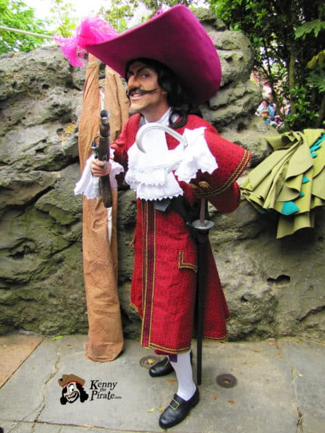 Human Captain Hook at Disneyland Paris