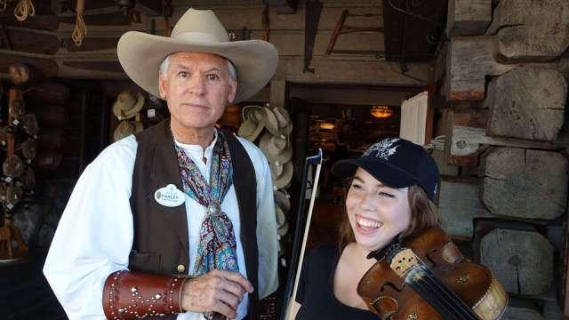 Farley the Fiddler at Disneyland (8)