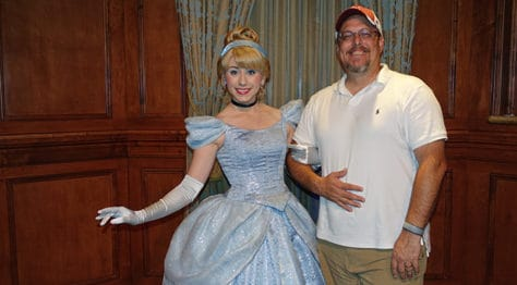 Meet Cinderella in Magic Kingdom at Walt Disney World (4)
