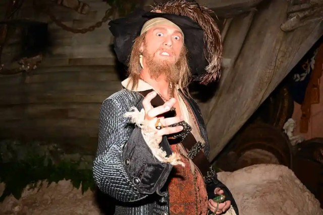 Captain Barbossa at Villains Unleashed at Hollywood Studios August 2014