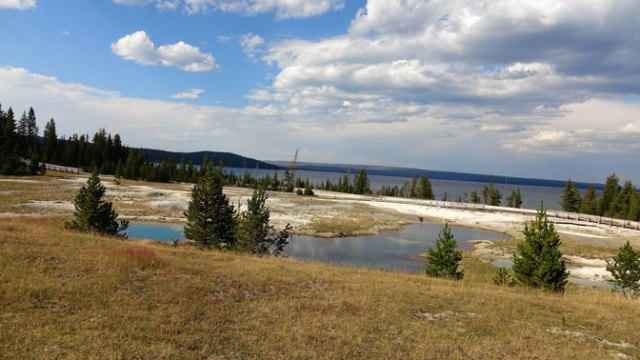 Yellowstone Day 6 West Thumb
