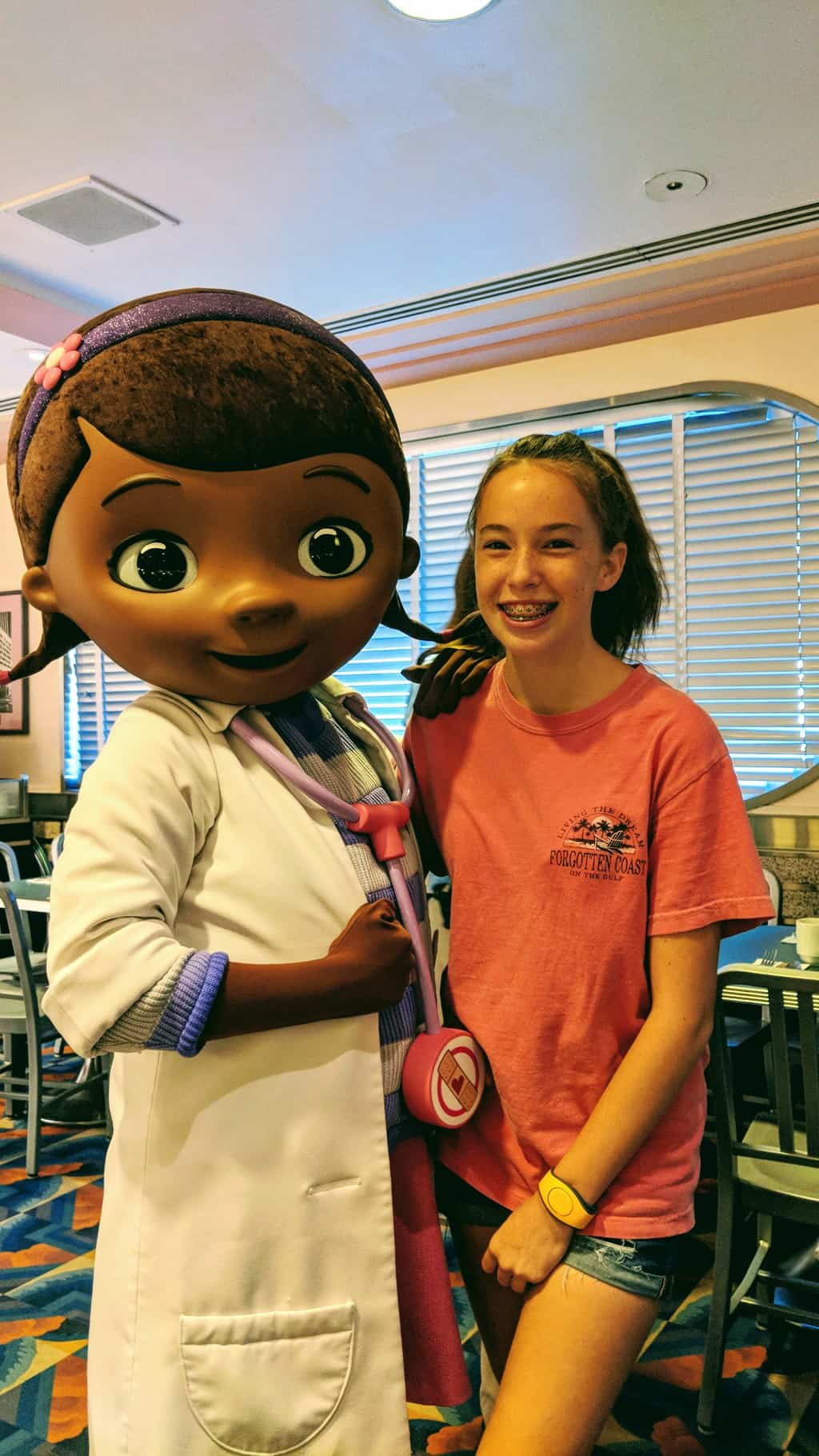 Review hollywood and vine disney junior play n dine breakfast with doc mcstuffins continues to meet here and offers a regular meet and greet as well she was recently removed from animal kingdom though m4hsunfo