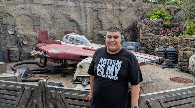 AUsome Disney: Visiting Star Wars Galaxy's Edge