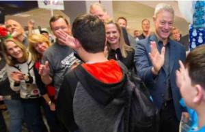Gary Sinise Snowball Express Takes Children of Fallen Soldiers to Disney World