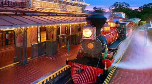 Disney World Railroad to Remain Closed Through October 2020